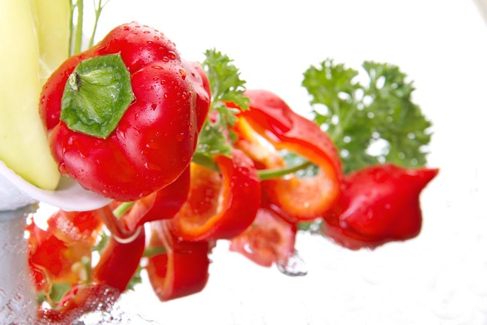 prirodni lekovi organska paprika plastenik paprika u maju