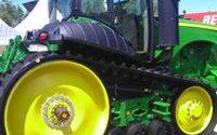 dizel gorivo traktori sabijaju krediti rigolovanje spit 14 traktor u zimu mašinski krug expo 2018. traktori kite